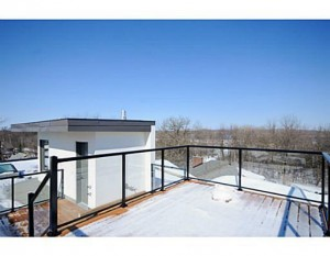 121 Northwestern - Rooftop Deck 2