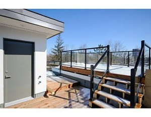 121 Northwestern - Rooftop Deck