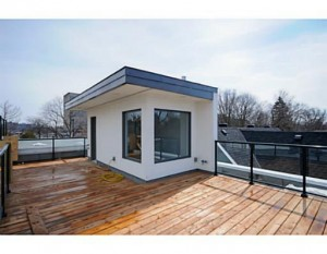 123 Northwestern - Rooftop Deck