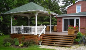 ottawas-kemp-construction-covered-deck-2