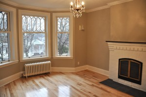 ottawas-kemp-construction-living-room_0