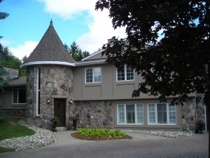 ottawas-kemp-construction-stucco-new-exterior